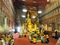 Wat Mahathat - Attractions