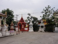 Wat Klang Wiang - Attractions