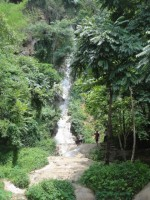 Champa Thong Waterfall - Attractions